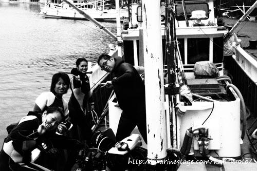 漁船はモノクロが似合う